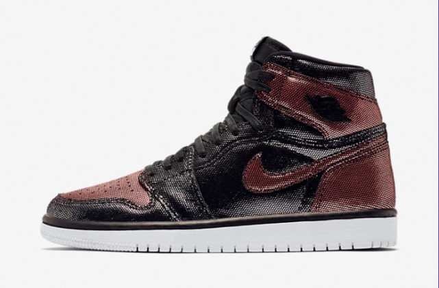 10月22日 WOMEN'S AIR JORDAN 1 HI OG