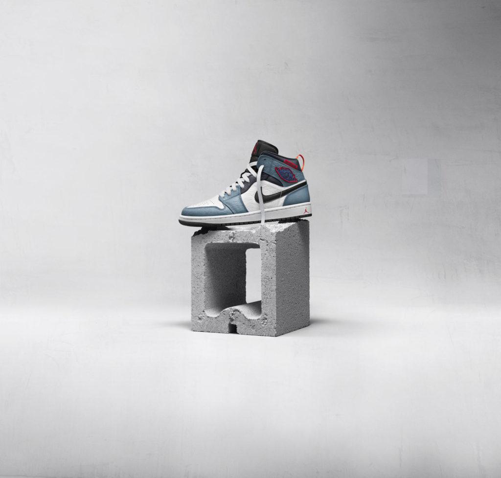 Air Jordan I mid SE Fearless Facetasm