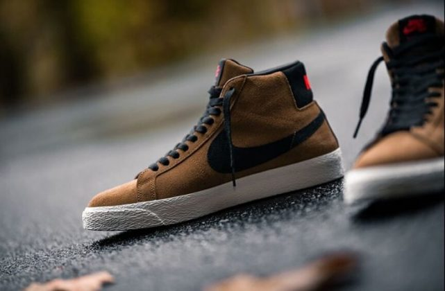 NIKE SB AIR ZOOM BLAZER MID