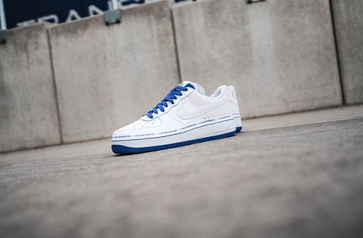 NIKE AIR FORCE 1 LOW QS