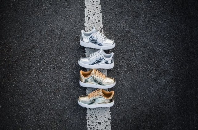 12月13日 発売予定 NIKE WMNS AIR FORCE 1 SP