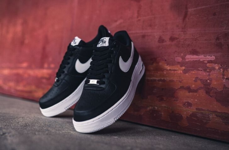 "NIKE AIR FORCE 1 '07 ""BLACK/WHITE"" (CJ0952-001)"