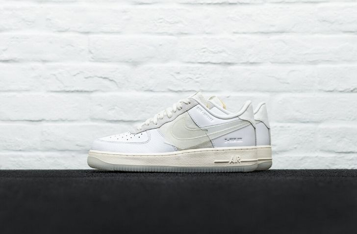 NIKE AIR FORCE 1 LV8 (CV3040-100)