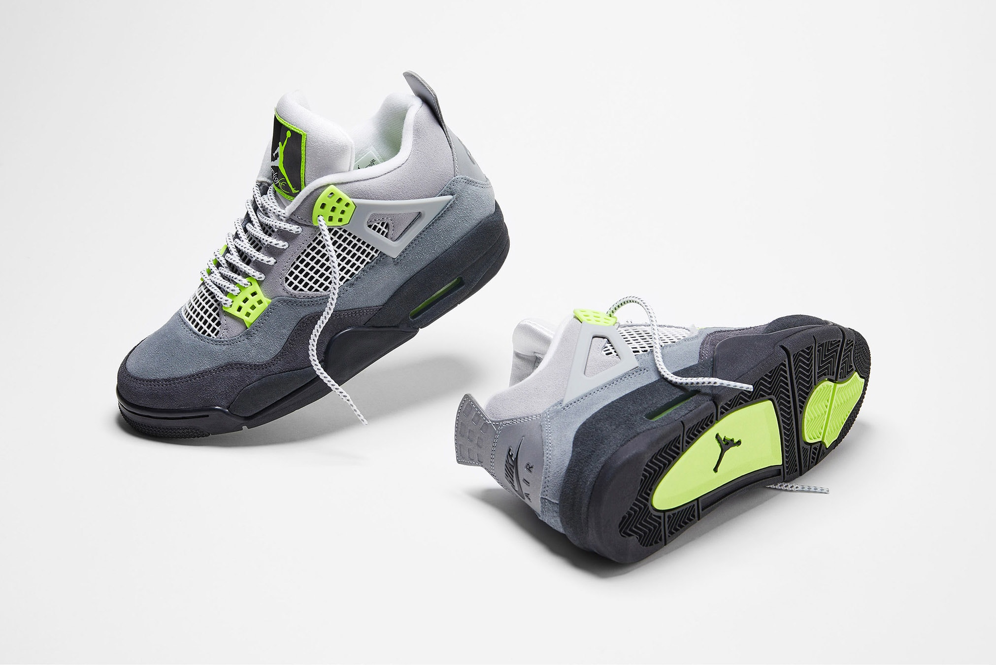 3月21日 発売予定 AIR JORDAN 4 RETRO SE NEON 95 (CT5342-007)