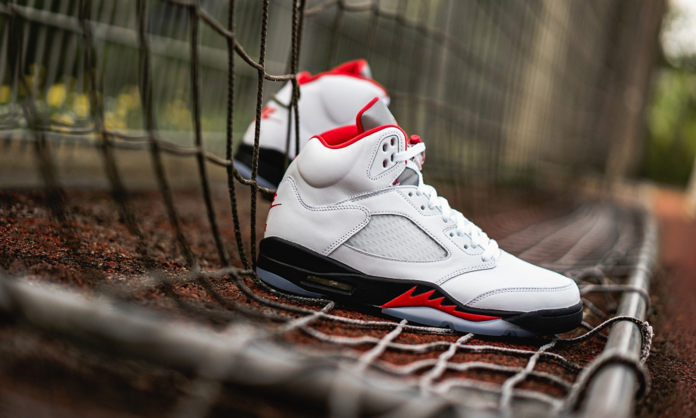 6月27日 発売予定 AIR JORDAN 5 RETRO FIRE RED (DA1911-102)