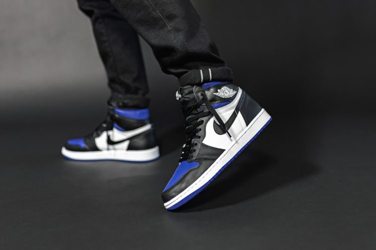 AIR JORDAN 1 RETRO HIGH OG ROYAL TOE 555088-041