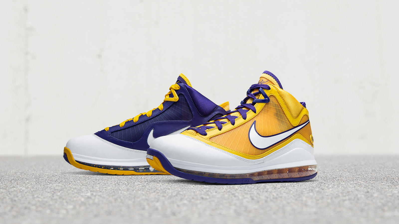 "5月16日 発売予定 NIKE LEBRON 7 ""LAKERS"" (DA3203-500)"