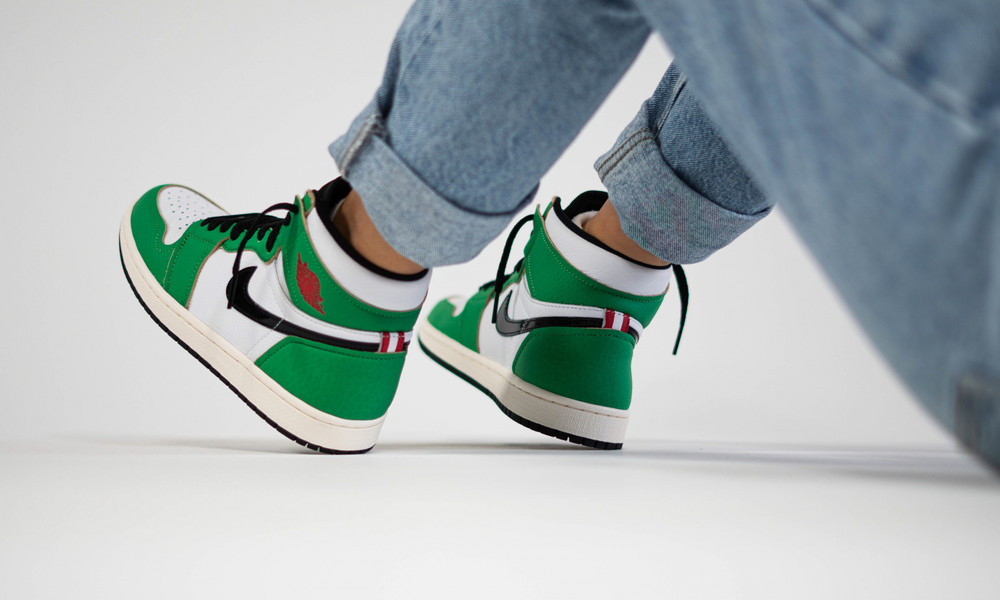 WMNS AIR JORDAN 1 RETRO HIGH OG LUCKY GREEN