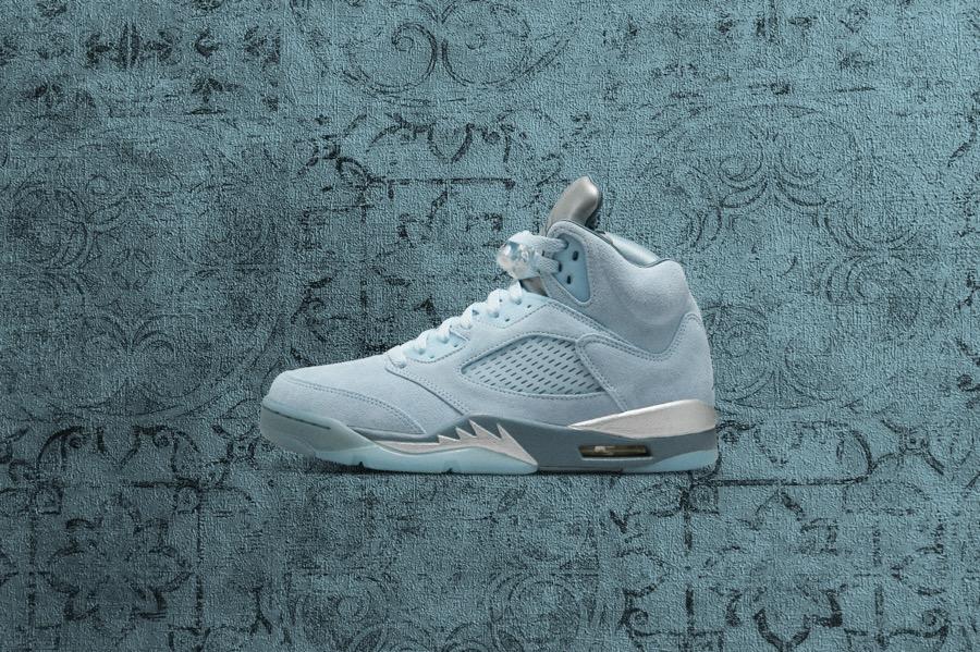 10月7日 Nike SNKRS エア ジョーダン 5